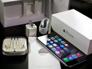 НОВЫЙ телефон iPhone в отличном(идеальном) состоянии